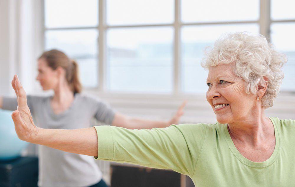 Vieillir en bonne santé avec le yoga